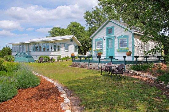 Stonewall, TX: Herb Garden Cottages