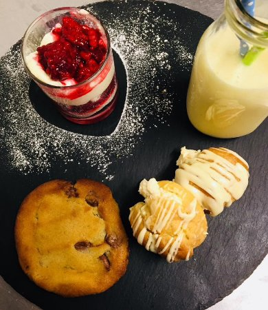 Nuthampstead, UK: Valentines 2018 - assiette of naughtiness