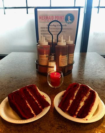‪‪Lillington‬, ‪North Carolina‬: Homemade cakes for dessert. Made in-house! Pictured is red velvet‬