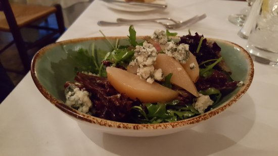 Warm Springs, Вирджиния: poached pears and salad