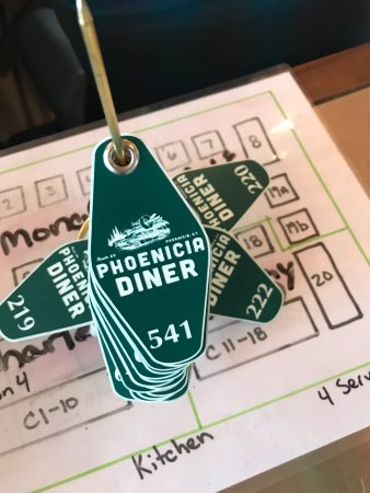 Phoenicia, Nova York: Table wait tags