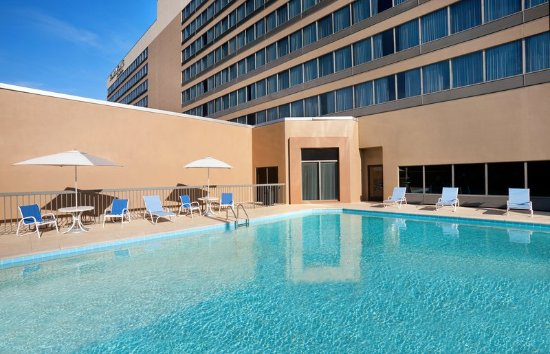 Four Points by Sheraton Nashville-Brentwood: Pool