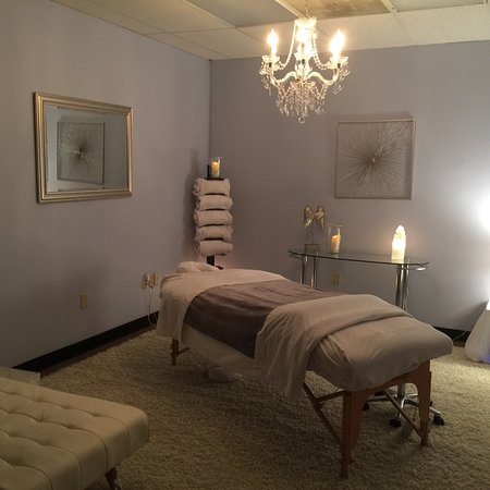Waco, TX: A peek of our massage rooms....