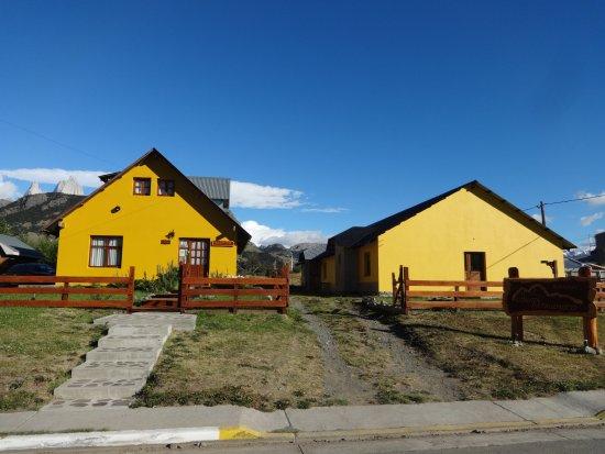 Hosteria Confin Patagonico: Vista desde la calle