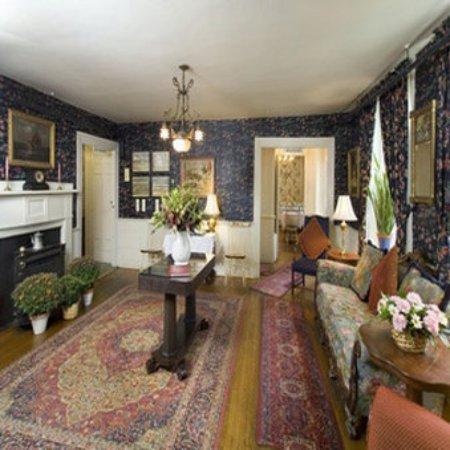 Concord's Colonial Inn: Lobby