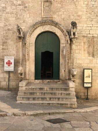 Трани, Италия: Portada