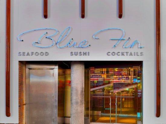 W New York - Times Square: Restaurant