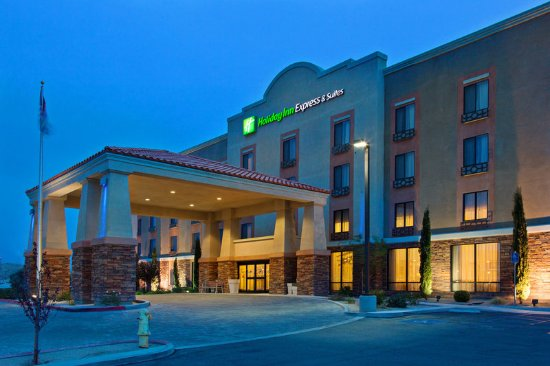 Holiday Inn Express & Suites Twentynine Palms- Joshua Tree