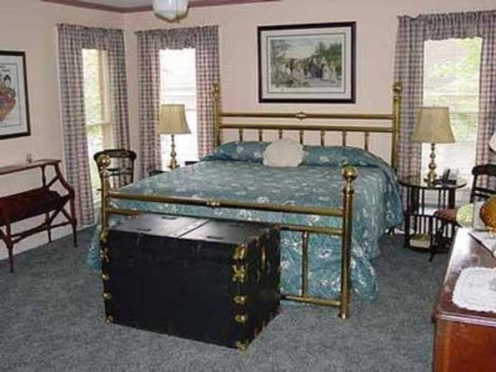 Red Bluff Cottage : Guest room