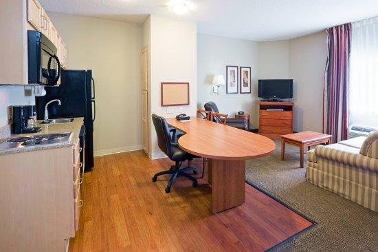 Candlewood Suites Bordentown/Trenton: Suite