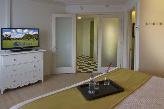 Miami Lakes, FL: Suite