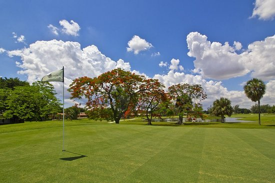 Miami Lakes, FL: Golf course