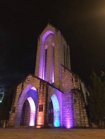 Holy Rosary Church Or the Stone Church: โบสถ์