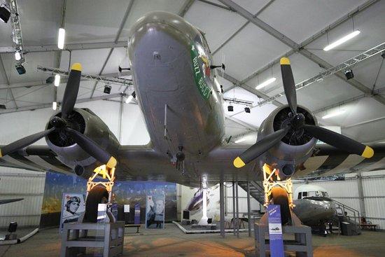 Le Bourget, فرنسا: Douglas DC-3 он же ЛИ-2