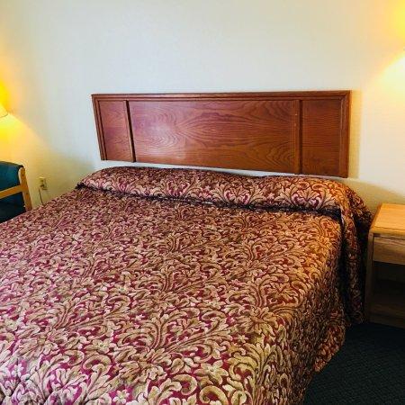 Palestine, AR: Rest Inn Motel