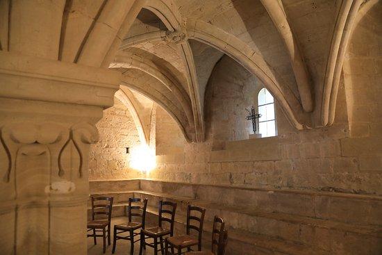Abbaye Notre-Dame de Senanque: la salle du chapitre