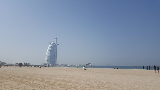 Umm Suqeim Beach Lovely Burj Al Arab Backdrop