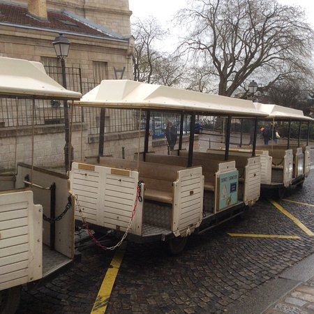 The Little Train of Montmartre (Le Petit Train de Montmartre) : photo1.jpg