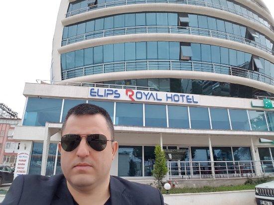 Elips Royal Hotel