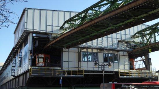neue Architektur an der Station Hauptbahnhof/Döppersberg - Picture ...