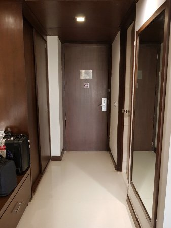 Royal Orchid Central Pune: 20180130_172646_large.jpg