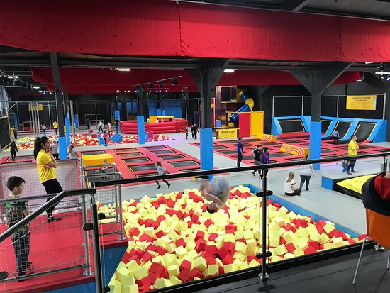 Coventry, UK: Trampoline Area