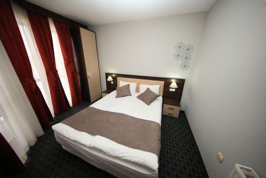 Entrance - Picture of MPM Hotel Guinness, Bansko - Tripadvisor