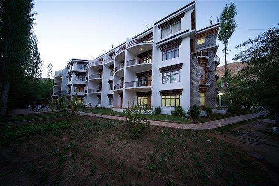 Reenam Hotel