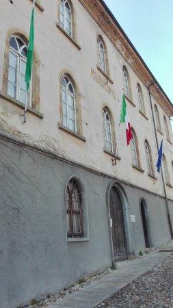 La Scolastica - Municipio