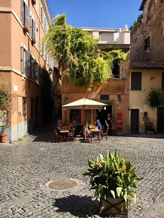 Trastevere: petit restaurant sympathique