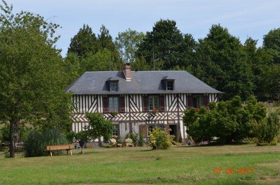 Bonneville-la-Louvet, Francia: facade sud de l'Orchard