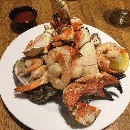 buffet americana tunica restaurant reviews phone number photos rh tripadvisor com seafood buffet tunica hollywood seafood buffet tunica