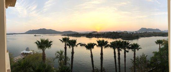 The Leela Palace Udaipur: Sunset over Lake Pichola