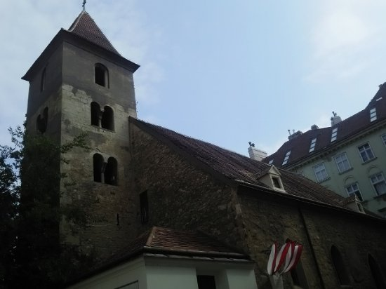 St. Rupert's Church (Ruprechtskirche) : ロマネスク様式が残る