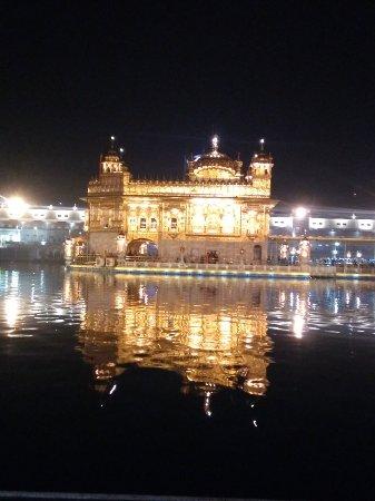 Goldener Tempel (Hari Mandir): IMG_20180209_190821078_large.jpg