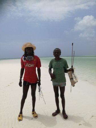 Watamu Beach : Pescatori di polipi - Jacaranda