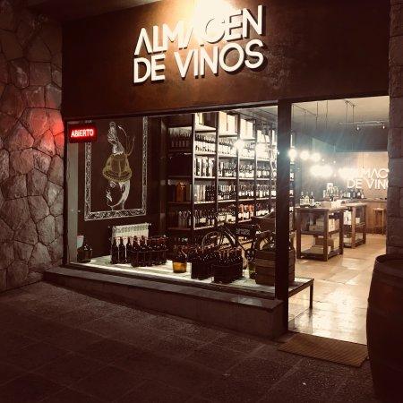 Almacen de Vinos Wine Bar