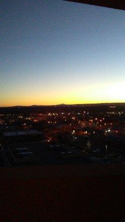 هوتل ألبوكيرك آت أولد تاون: Sunset looking southwest across lights of Old Town