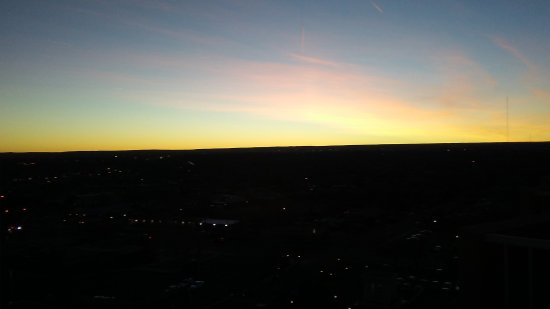 Hotel Albuquerque at Old Town: Sunset looking southwest part 2....