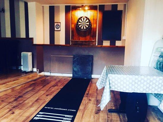 Llwyngwril, UK: Dartboard finally up