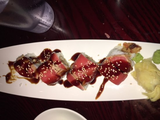 Umi Sake: sushi roll - don't remember which one
