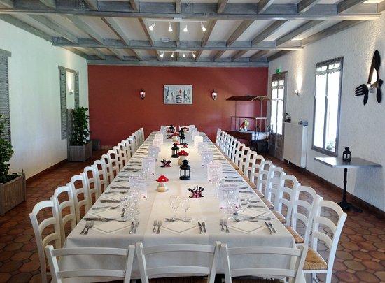 Margueron, France: Repas de Groupes, Famille...