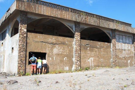 Montserrat: Peering into 2nd floor of abandoned hotel -