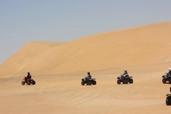 Свакопмунд, Намибия: Quads in dunes