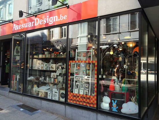 Gante, Bélgica: Entrance of Axeswar Design, one of the coolest gift shops in Belgium.
