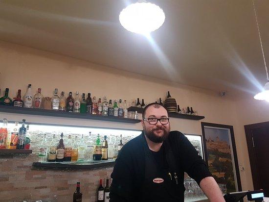 Gualdo, Itália: TA_IMG_20180215_214252_large.jpg