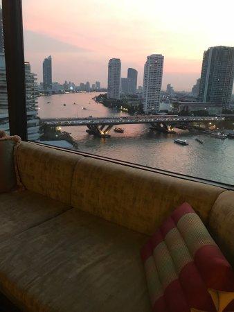 Shangri-La Hotel Bangkok Photo