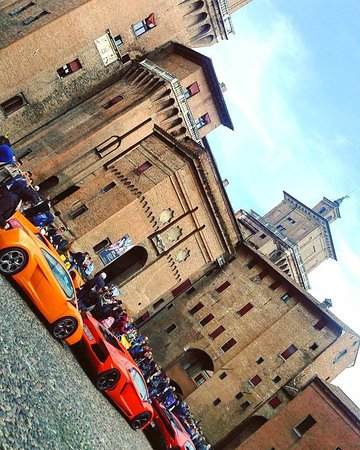 Emilia-Romagna, Italia: Lamborghini and Estense Castle. Ferrara