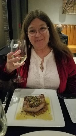 Peoria, IL: My wife LOVED her pork chop...and I loved my Salmon, paired that with a bottle of Sav. Blanc win