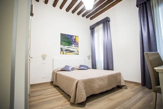 Le nostre nuove camere deluxe stile e comfort per un for Soggiorno a venezia
